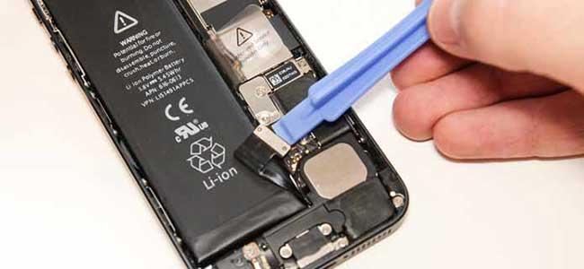 تعویض باتری باتری ایفون 5